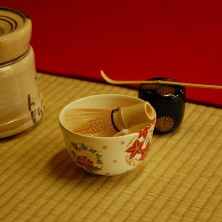 まろやかな味の抹茶。その秘密は、奈良で生まれた茶筌にあり。